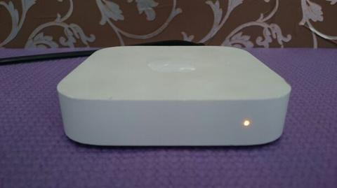 Apple A1392 AirPort Express Router Wifi