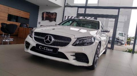 New C 300 AMG facelift 2019 Hot Item!!!
