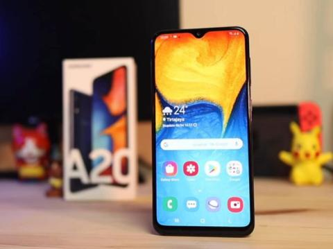 Kredit Samsung Galaxy A20 [32GB/ 3GB] Resmi