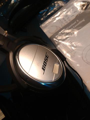Bose QuietComfort 3 Acoustic Noise Cancelling Headphones