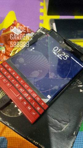 BLACKBERRY PASSPORT BB PASPORT RED EDITION ORIGINAL RESMI TAM JAKARTA
