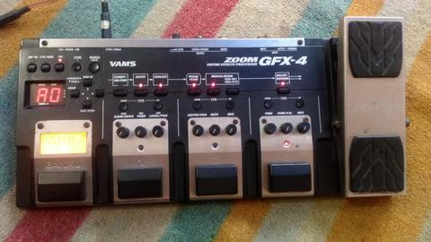 Guitar effect ZOOM GFX-4 Made in Japan