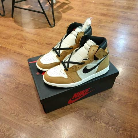 Nike Air Jordan 1 Retro High Rookie Of The Year/Golden Harvest Black Sail