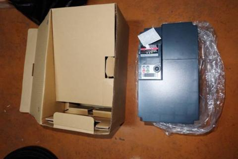 inverter Toshiba New vfs15 3ph 380 volt.