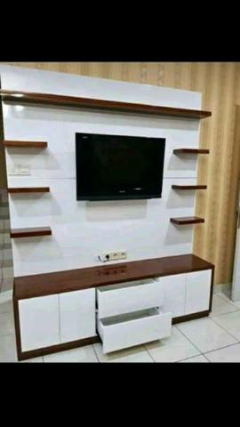bedrof custom/rak tv minimalis