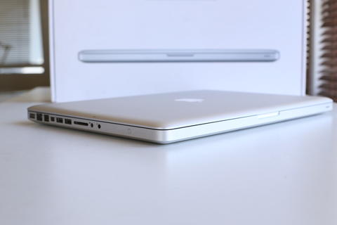 Apple MacBook Pro MD103 I7 2.3Ghz 8GB