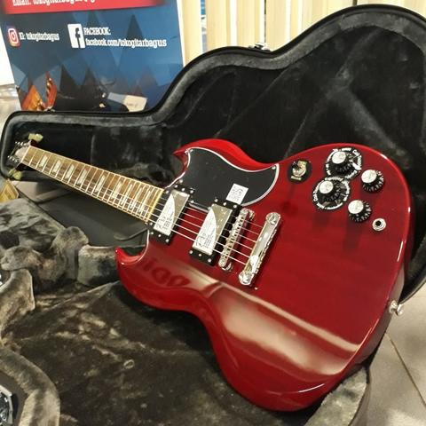 Epiphone G-400 Pro - SG PRO Electric Guitar, Cherry with Hardcase