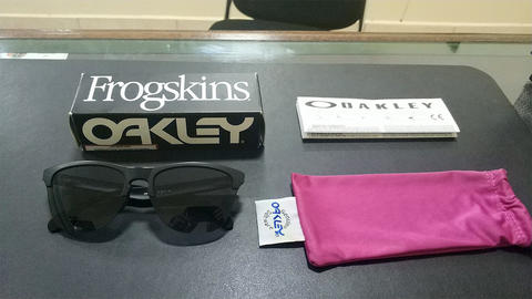 Oakley Frogskins Lite - Matte Black / Grey Authentic Original