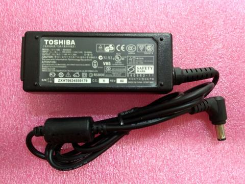 Charger Adapter For Laptop Toshiba 19V-1.58 A