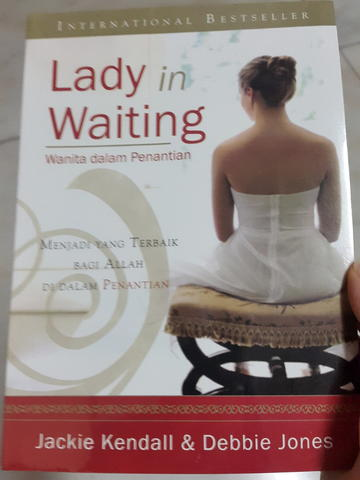 Buku Kristen Not Yet Married, Lady In Waiting, Courage And Calling dll