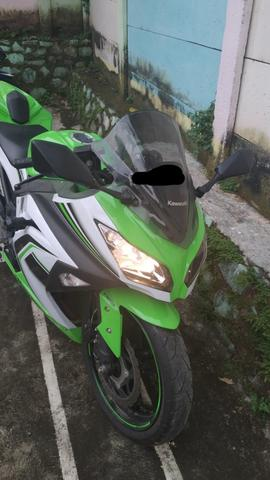 Kawasaki Ninja 250Fi ABS - 2016 Like NEW!!