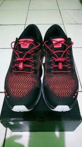 Sepatu Under Armour Charged Bandit 5