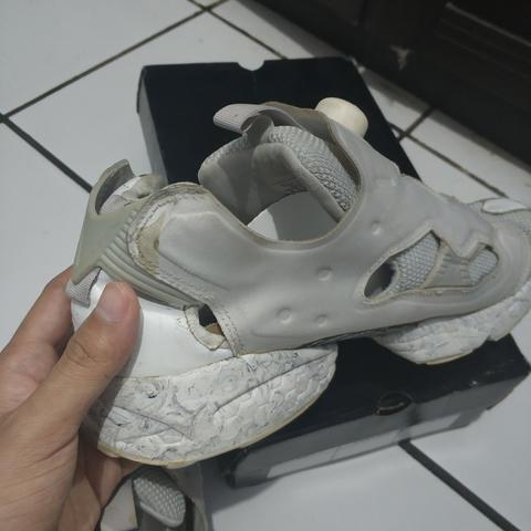 Reebok Instapump Fury ACHM White / Solid Grey ORIGINAL Preloved Second 2nd