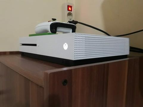 Xbox One S 500Gb Mulus Normal