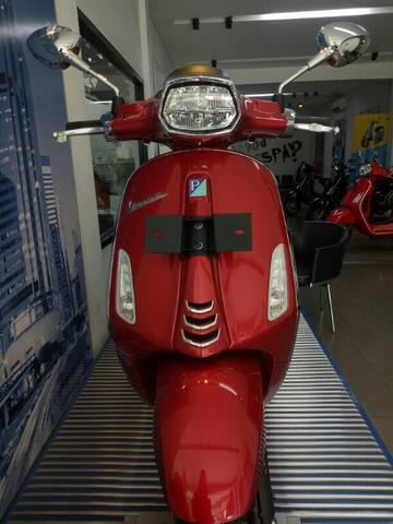 Vespa Sprint LED 150 I Get ABS (Red Passione)