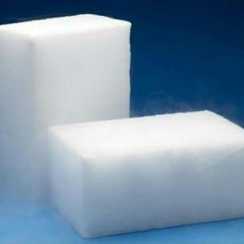DRY ICE & STEREFOAM