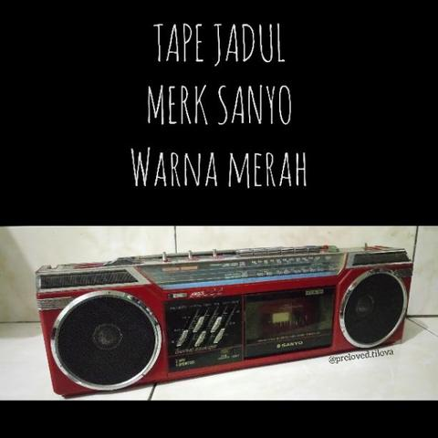 Preloved Audio Tape SANYO Merah Vintage Jadul Radio Kaset