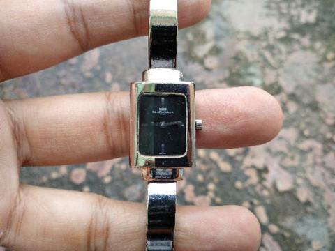 Authentic Jam Tangan BALENCIAGA Original