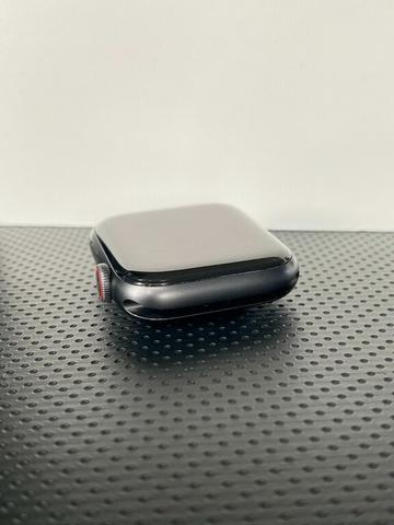 Apple Watch Series 5 44mm Space Gray GPS + Cellular