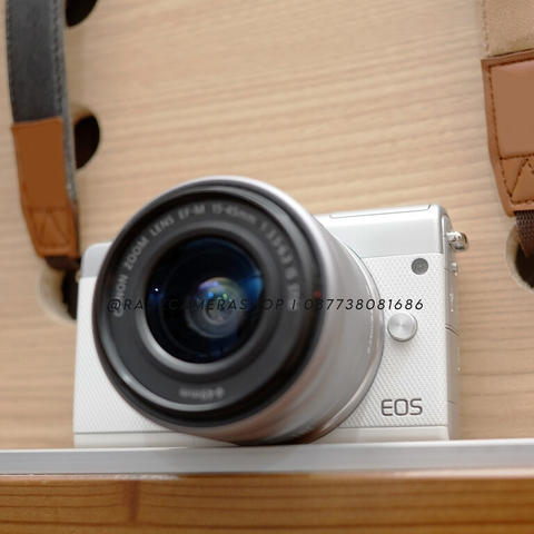 Canon EOS M100 White Kit 15-45mm STM Istimewa