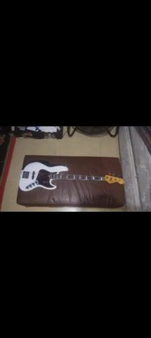 Fender American Ultra Jazz Bass, Artic Pearl