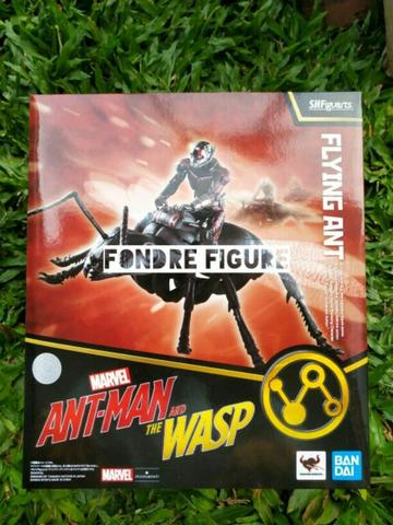 ORIGINAL SHF FIGUARTS ANT MAN AND THE WASP FLYING ANT ANTMAN SET MARVEL