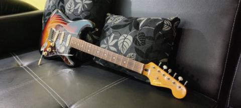 Squier Stratocaster Classic Vibe 60s like new
