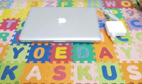 Sell Macbook Pro 13 Inch Core i5 Early 2011 4/320Gb