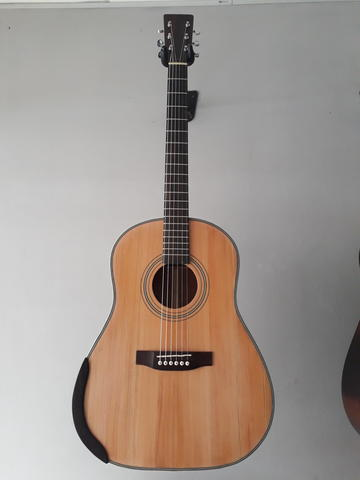 GUITAR ACOUSTIC TOP SOLID