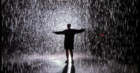 singlet-kancut-dan-hujan