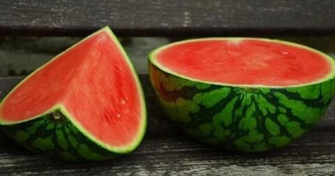 manfaat-semangka-untuk-kulit-dan-rambut-cantikmu
