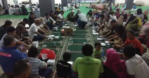 buka-bersama--blazer-indonesia-club-dan-anak-yatim-di-masjid-al-muttaqin-yuk