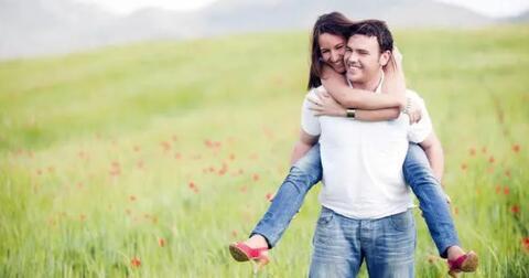 5-tanda-bahwa-kamu-hanya-menerima-kesempurnaan-dalam-cinta