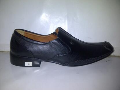 Terjual sepatu kickers 76957c5cd8