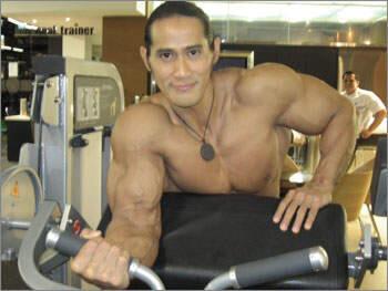 Inilah Ngerinya Kalau SEMUA Orang Di Dunia Berbadan Kekar seperti Agung Hercules !!