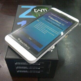 Terjual BlackBerry Z10 | KASKUS