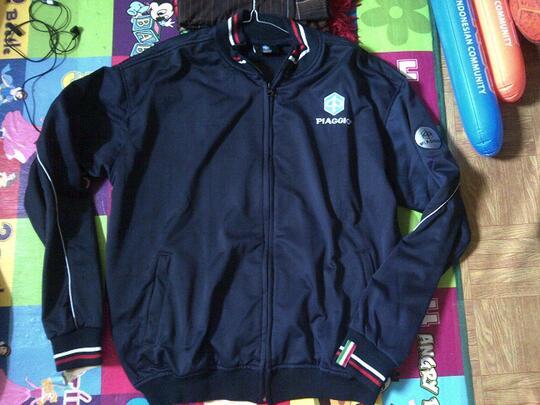 cari jaket vespa piaggio original blue navy   kaskus