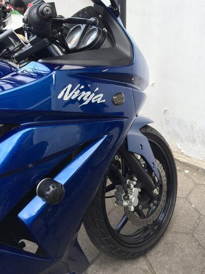 Joo0 FRAME SLIDER for Ninja 250 Murah tapi berkualitas.. Masuk Gan!!.