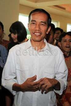 Sudah Tak Ada Masalah, Jokowi Resmikan Stadion Taman BMW untuk Persija