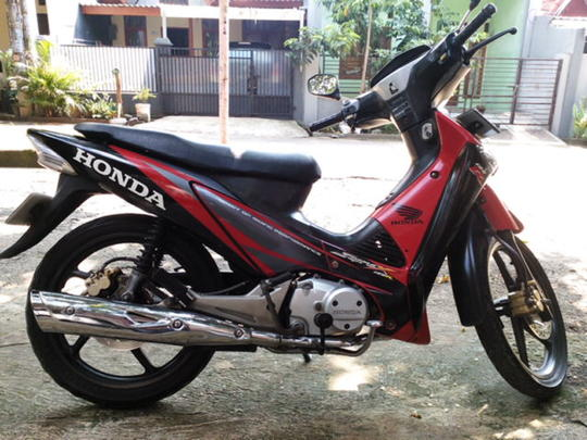 Jual Motor Honda Supra X 125 Tahun 2006 Lokasi Depok