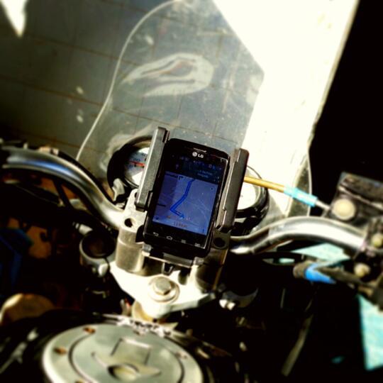 FLY bike phone holder tempat hp gps di sepeda dan motor depok
