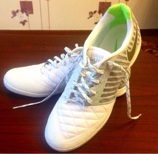 ♧ Football   Futsal Boots ~ Style First e8c1916946