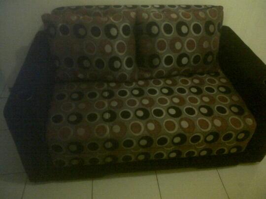 Peachy Terjual Jual Sofa Bed Hitam Motif Harga Murah Kondisi Maknyus Spiritservingveterans Wood Chair Design Ideas Spiritservingveteransorg