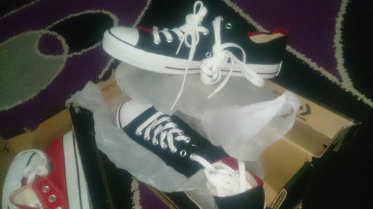 Terjual sepatu converse ORIGINAL 500k 2 pasang size 44 jual murah ... 780a8eadd6