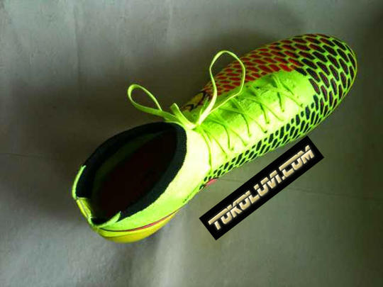 [ HOTTS ITEMS !!!! ] NIKE MAGISTA OBRA FG SOCCER ( SAMPAI MATA KAKI )