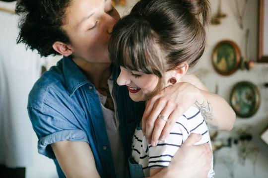 Dear Bung-Nona, Berhubungan Seks Sama Pacar Itu Bukan Bukti Cinta!