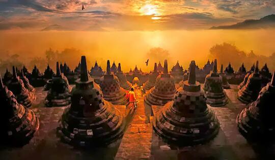 Foto Mengagumkan Berlatar Pemandangan Asia