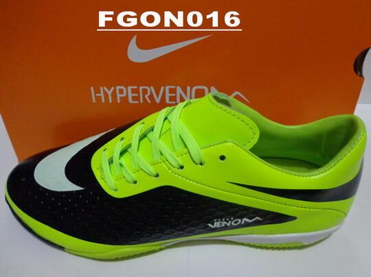 dba9e760e98 ... Sale CUCI GUDANG Sepatu Futsal ADIDAS - NIKE - SPECS Original Mumer  (Surabaya) ...