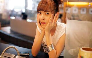 10 Gadis Tercantik di dunia yang mirip Boneka  bdfa5f9d94