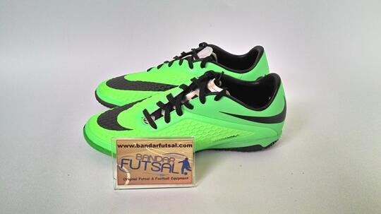 Terjual sepatu Futsal Nike Mercurial GALAXY Victory IV CR IC 100 ... 8f1aace02d034